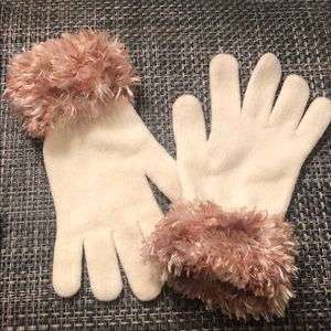 Cejon Ivory Gloves